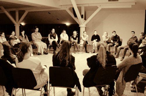 Духовни разговори младих са Владиком Григоријем