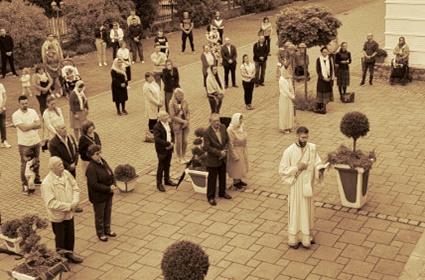 Sveta Liturgija u Diseldorfu – Nedelja Svih Svetih